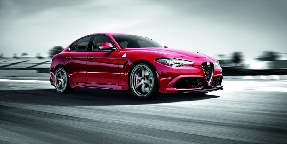 TOP GEAR PICKS THE ALFA ROMEO GIULIA AS THE BEST CAR OF 2016